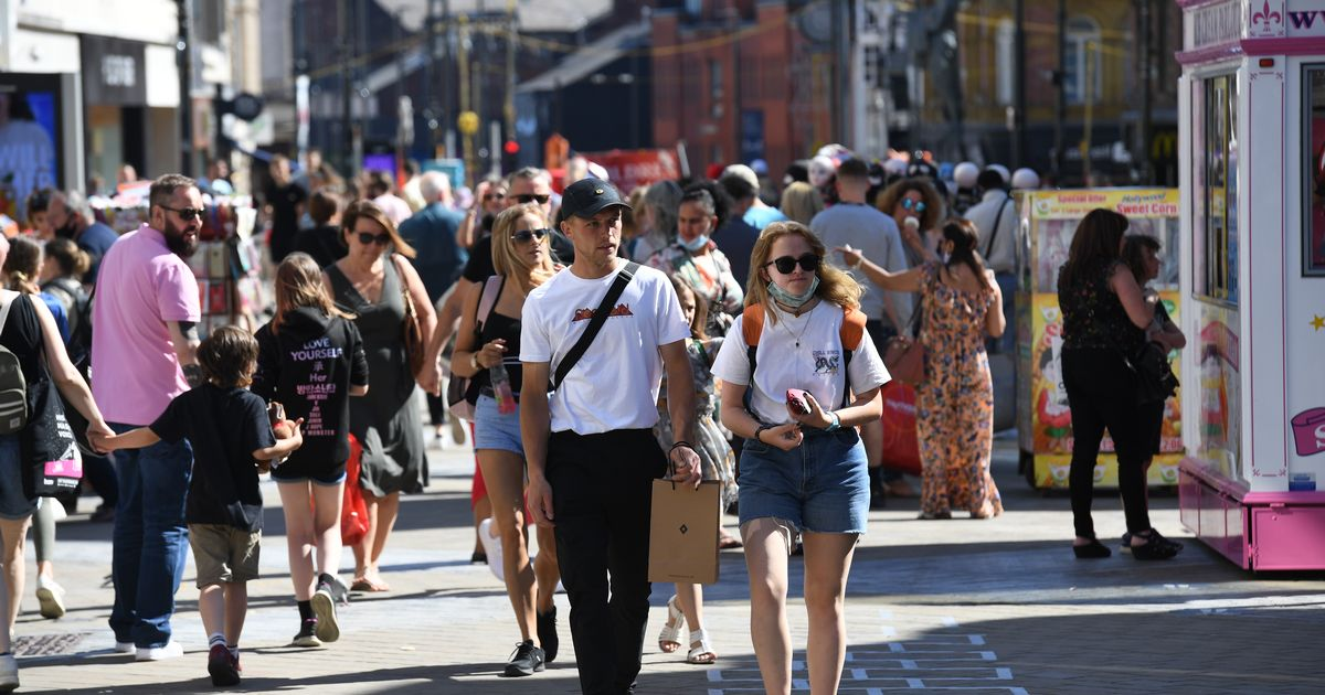 Hour by hour heatwave forecast for Leeds as temperatures to soar to scorching 28C