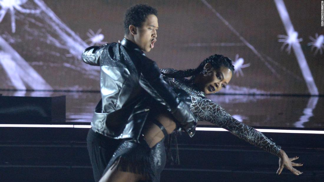 'Dancing With the Stars' horror-themed night features frights and delights